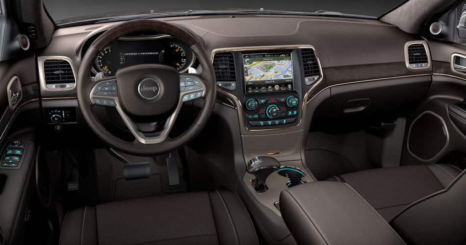 jeep grand cherokee 2014 interior con asientos de cuero y 6 altavoces jeep. Black Bedroom Furniture Sets. Home Design Ideas