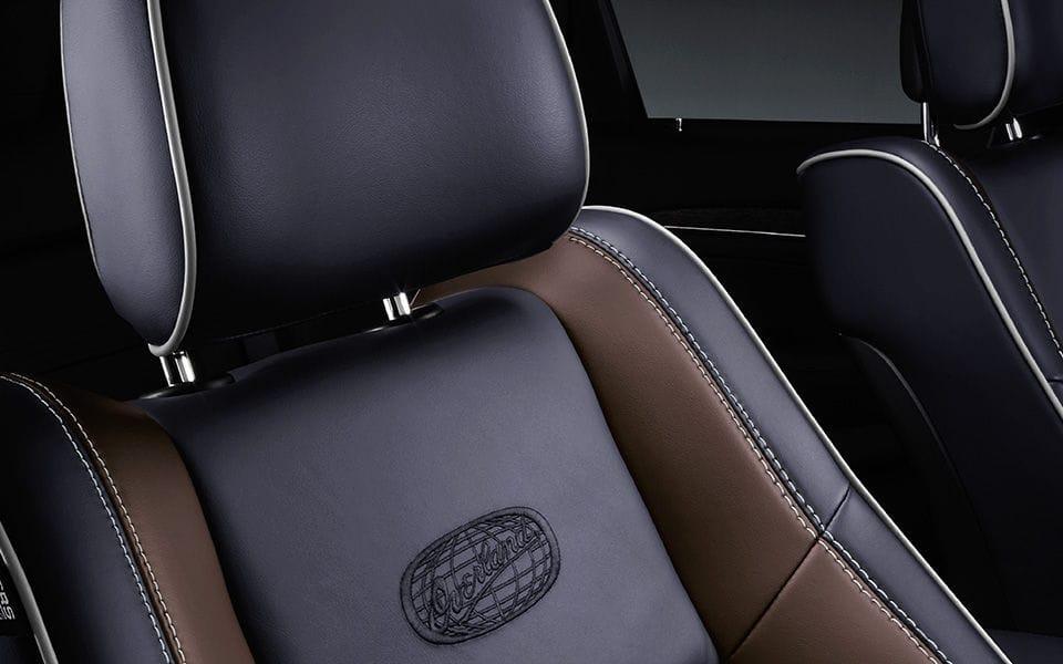 2014 Jeep Grand Cherokee natura plus leather seats