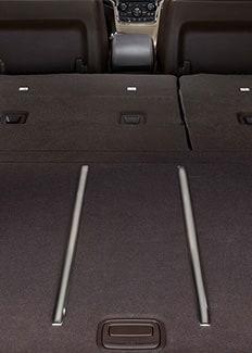 Capacidad de almacenamiento trasero del Jeep Grand Cherokee 2015