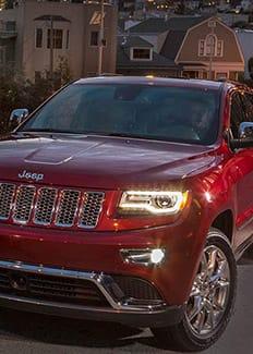 Faros HID adaptables del Jeep Grand Cherokee 2015