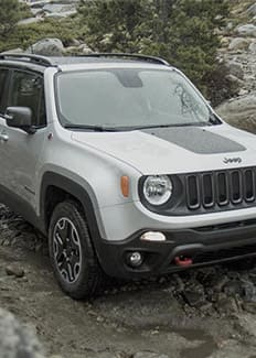 Jeep ® Badge of Honor Jeep ® Renegade Life Jeep ® Cherokee Detour