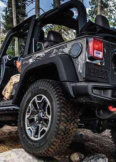 Vista trasera del Jeep Wrangler Rubicon X 2015