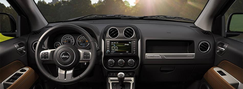2016 Jeep Compass Comfortable Interior Features
