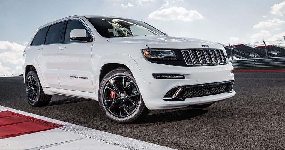 Under The Grand Cherokee S Hood 2016 Jeep