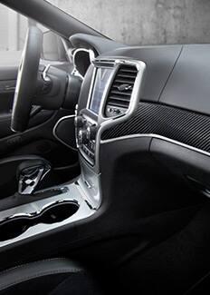 Tablero de fibra de carbono del Jeep Grand Cherokee SRT 2016
