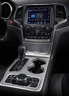 Palanca de cambios del Jeep Grand Cherokee SRT 2016