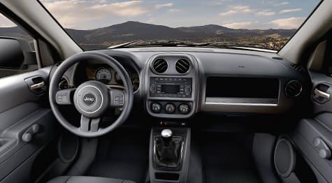 Alarma de seguridad y grupo de seguridad y carga de Jeep Patriot  2016