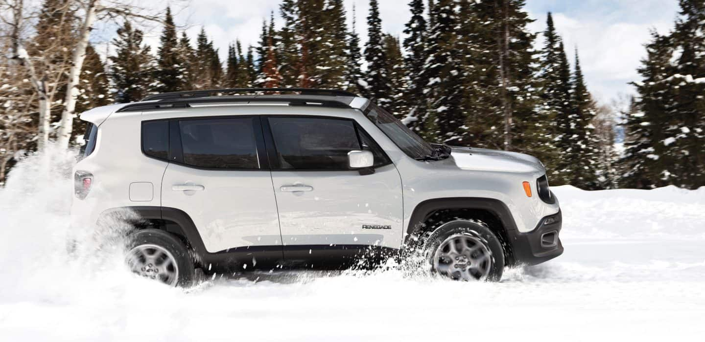 2018-Jeep-Renegade-Gallery-Capability-Limited-Snow
