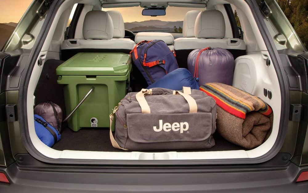 2019-Jeep-Cherokee-Limited-Overview-Interior-Cargo