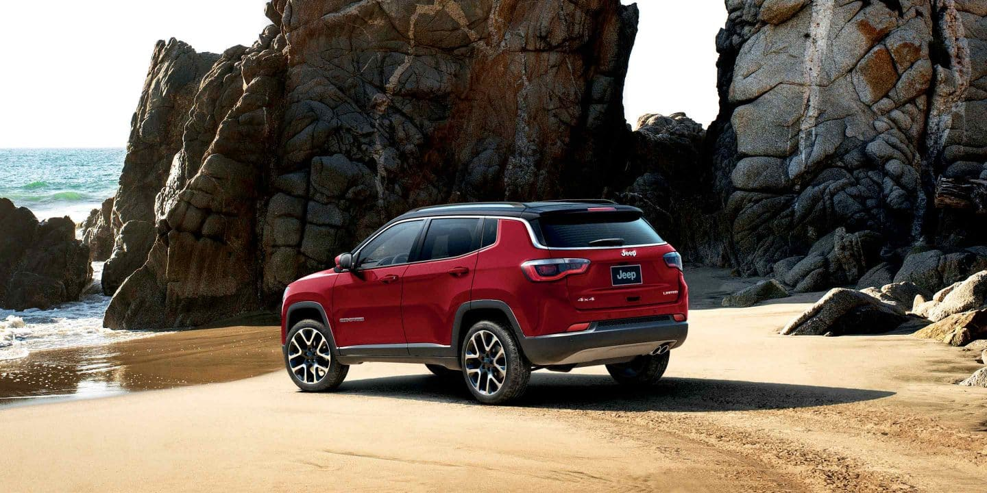 2019-Jeep-Compass-Gallery-Exterior-Laltitude-Red-Back-Beach