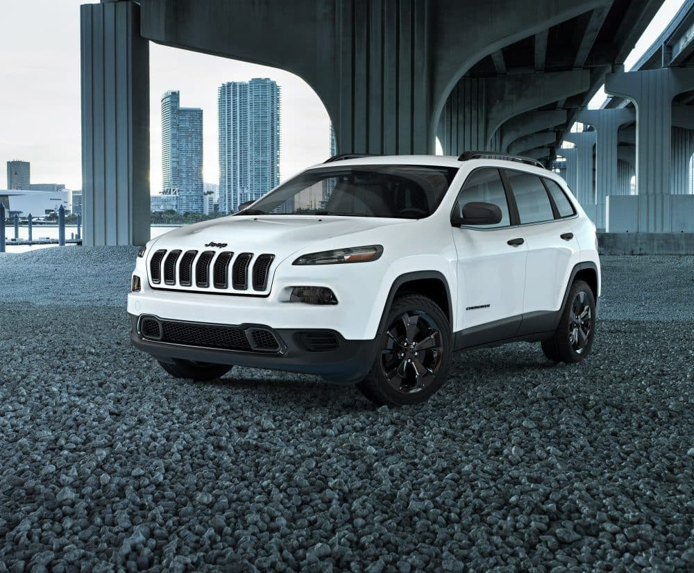 2017 jeep cherokee sports altitude pillar page image