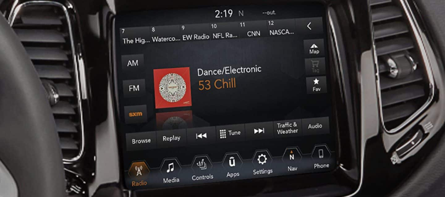 Uconnect - 2018 Jeep Radio 130/RES