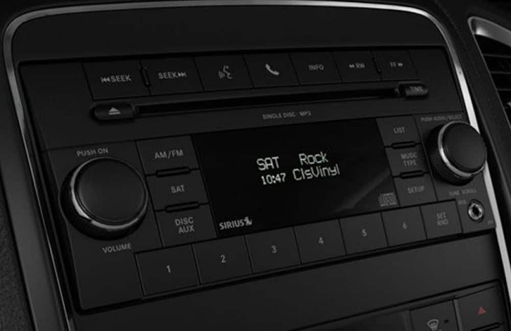 Uconnect 2017 Jeep Radio 130s Res