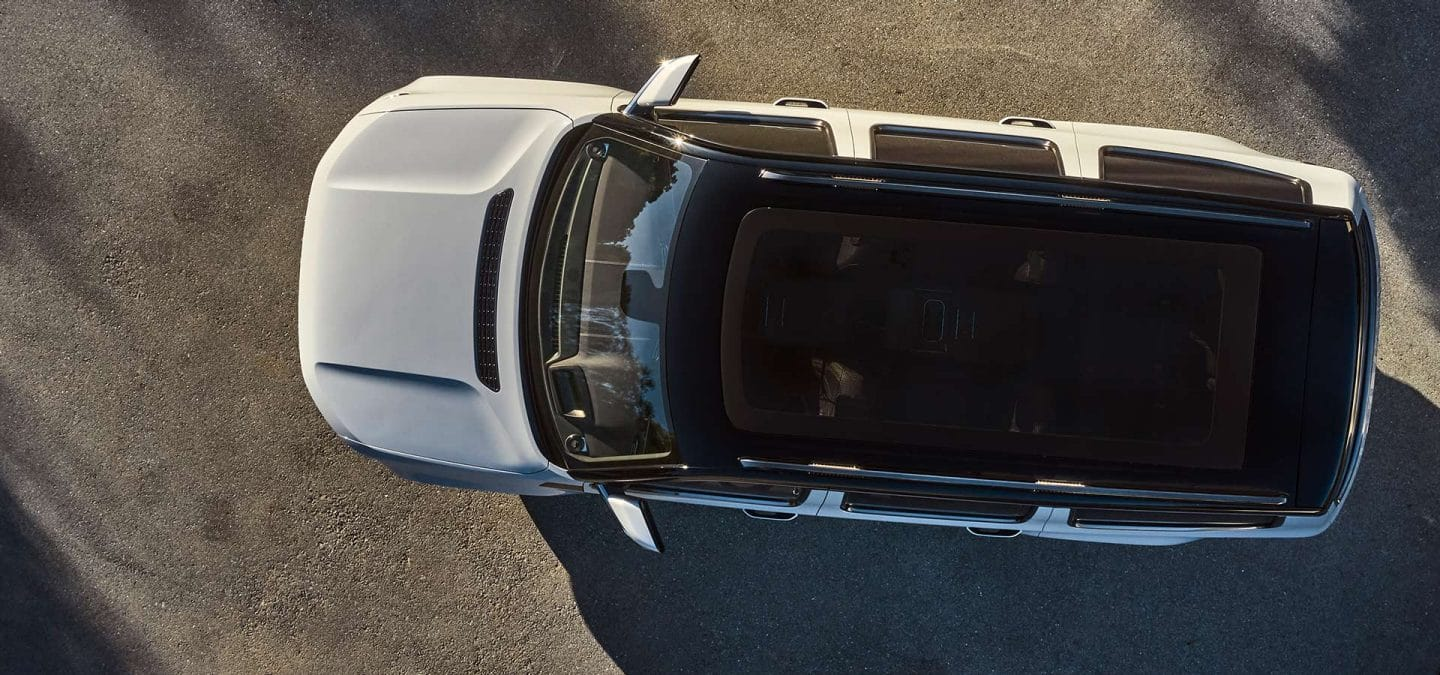 glass roof of the Jeep Grand Wagoneer